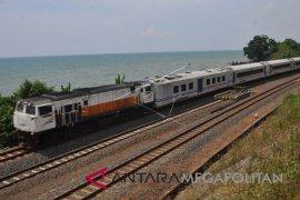 Akhirnya 14 KA resmi berhenti di Stasiun Prupuk
