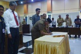 Kepala SKPD Banjar Tandatangani Komitmen SPIP