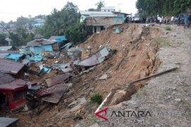 Relokasi korban longsor Telemow Penajam perlu anggaran Rp5 miliar