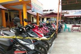 Polisi tangkap Warga Ampah bawa kabur motor majikan