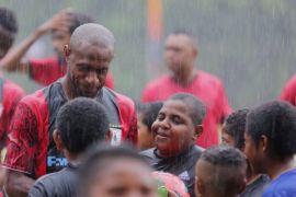 PTFI bantu mimpi anak Papua jadi pesepakbola