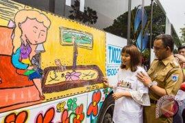 Peluncuran bus mural karya ABK