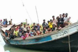 Puluhan Rohingya yang terdampar di Aceh alami dehidrasi