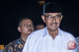 Tiga tersangka suap bupati Bandung Barat ditahan