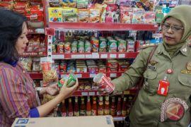 Disperindag Bogor temukan ratusan kaleng makarel bercacing
