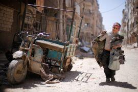 Petempur Suriah bentuk tentara nasional dengan bantuan Turki