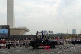 Presiden Jokowi pimpin Apel Wanita TNI dan Polwan