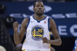 Durant pimpin Warriors menangi Game 3 playoff NBA