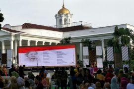 Artikel - Vegetarisme dan misteri kematian Kartini