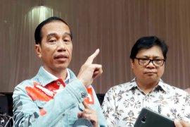 Jokowi Ingatkan Perkembangan Industri saat Buka IIMS 2018 (Video)