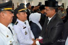 """""""Kabinet"""" Pemerintahan Hasbalah-Syahrul dilantik"""