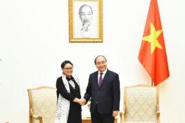 Menlu Retno bertemu PM Vietnam