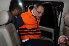 KPK perpanjang penahanan Made Oka Masagung