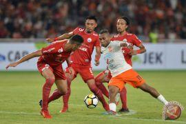 Dua gol Tibo antarkan kemenangan Borneo