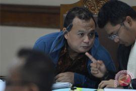 Auditor BPK dituntut 9 tahun penjara