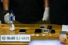 Polisi bekuk pengedar narkoba di Jalan Rembang Utara Surabaya