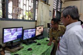 Irjen Kemdikbud tinjau pelaksanaan UN SMA di Jakarta