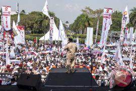 Prabowo bakar semangat pendukung Agus-TBL di Karebosi
