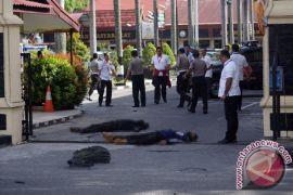 Empat jenazah teroris Riau belum dikebumikan