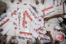 Ribuan surat suara Pilkada Bandung rusak