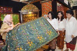 IKM batik akan pamerkan produk ke Paris