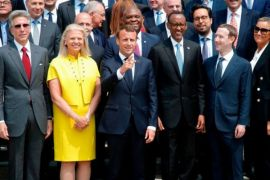 Zuckerberg dan bos teknologi lainnya dinasehati Presiden Macron