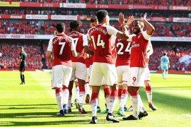 Arsenal hancurkan Burnley di laga kandang terakhir Wenger
