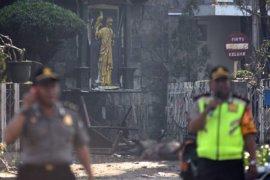 Polisi: Serangan bom di tiga gereja
