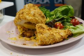 Menu Ramadhan - Almond Crusted Chicken Schnitzel ala Nicky Tirta