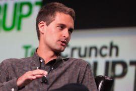Bos Snapchat persilakan Facebook tiru sistem keamanan data miliknya
