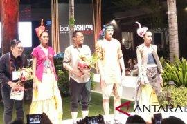 BI angkat tenun Bali dengan desain modern