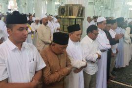 Zulkifli Hasan salat gaib dari Tanah Suci untuk korban serangan teroris