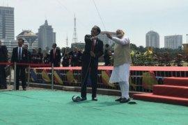 Presiden Jokowi dan PM Modi terbangkan layang-layang di Monas