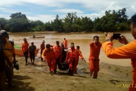 Warga Hanyut di Sungai Andagile Ditemukan Tewas