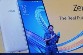 Asus hadirkan Zenfone Live L1 ponsel Fullview ramah kantong