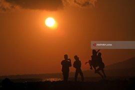 Wisata Matahari Terbit