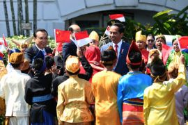 Kemarin Wapres minta China prioritaskan tenaga Indonesia, cuti bersama tetap tambah tiga hari