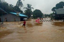 Bhabinkamtibmas Kota Singkawang diminta pantau daerah rawan banjir