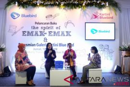 Dukung pemberdayaan perempuan, Blue Bird luncurkan buku