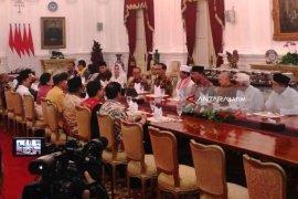 Tokoh Agama-BPIP Makan Siang dengan Presiden