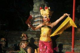 """Kesenian tradisi-modern meriahkan """"Bali Mandara Nawanatya"""""""
