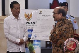 Jokowi bayar zakat Rp50 juta