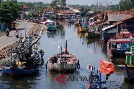 HNSI: ratusan kapal nelayan Sumut tak melaut