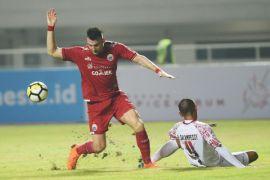 Persija ungguli Persipura 1-0 babak pertama