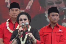 Megawati : Pilih gubernur yang mau bekerja keras