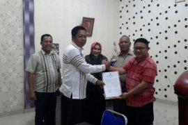 KPU Gorontalo Utara Terima Pemberhentian Paslon PNS