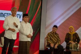 Survei: Ganjar Pranowo jauh ungguli Sudirman Said