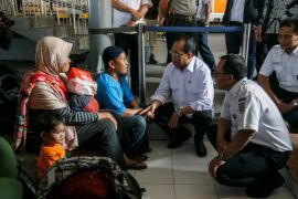 Menhub: Pengamanan bandara diperketat pascateror