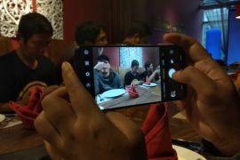 Mengintip ponsel Vivo X21 Under Display