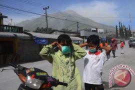 Tiga kecamatan di Magelang terdampak abu vulkanik Merapi
